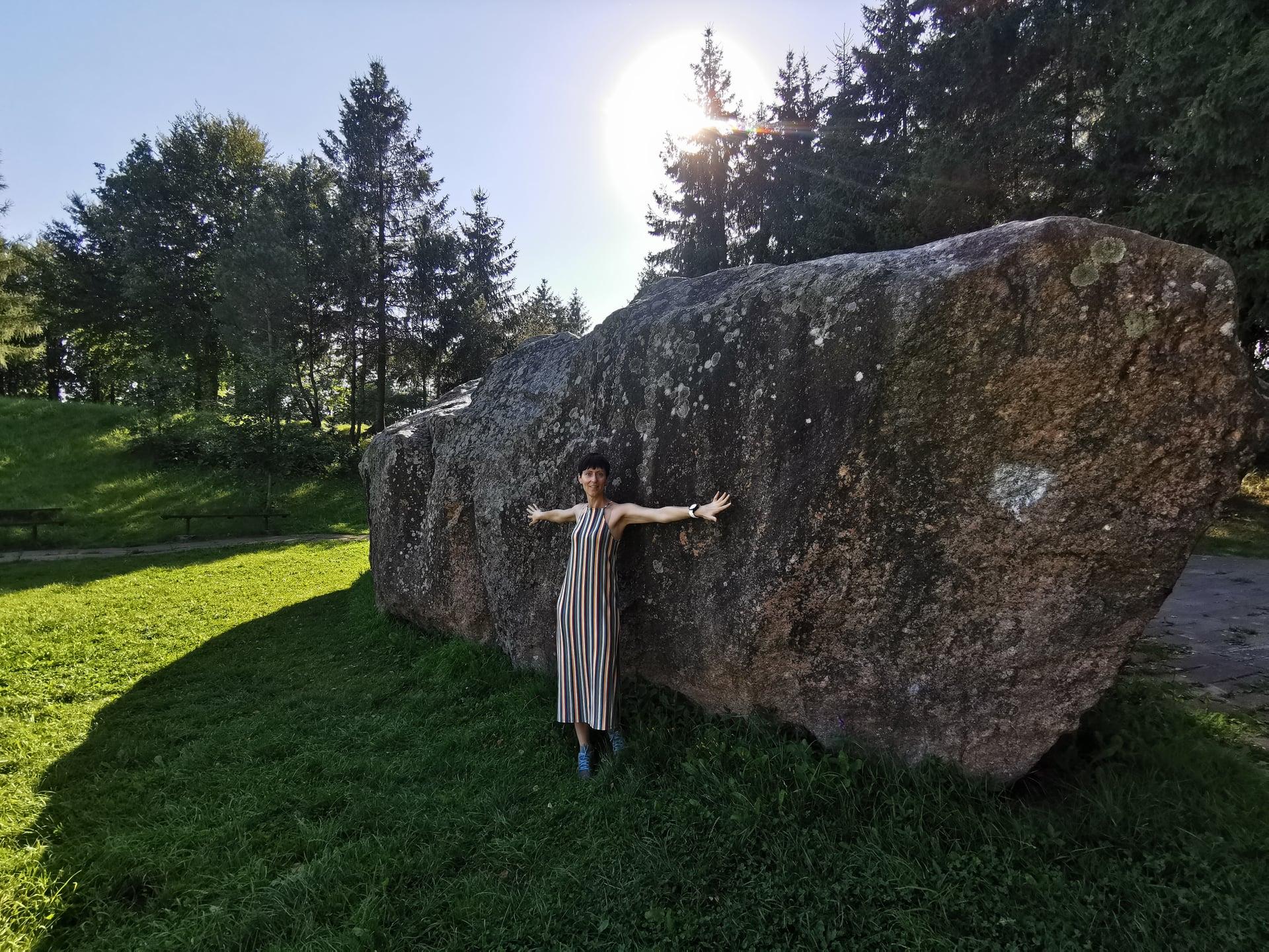 Barstyčių akmuo